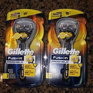 NWT Gillette Fusion Proshield Razors